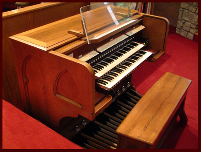 Fleming Road Church of Christ Organ Console